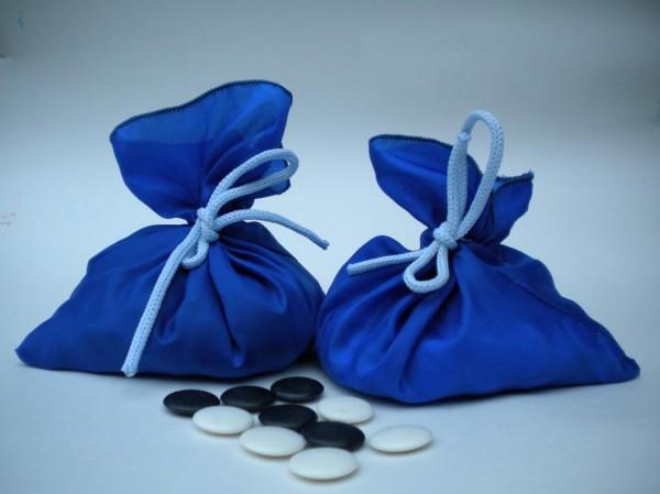 пластиковые камни в подарочных мешочках